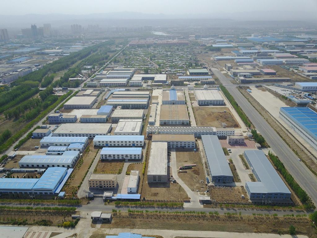 15年過去了,阜新在城西建起了新的工業園區。截至2015年底,阜新市風電裝備製造產業產值達到201億人民幣。攝影:Stam Lee