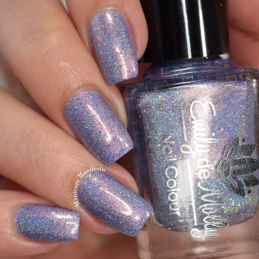 Emily De Molly Land Of Critique swatch