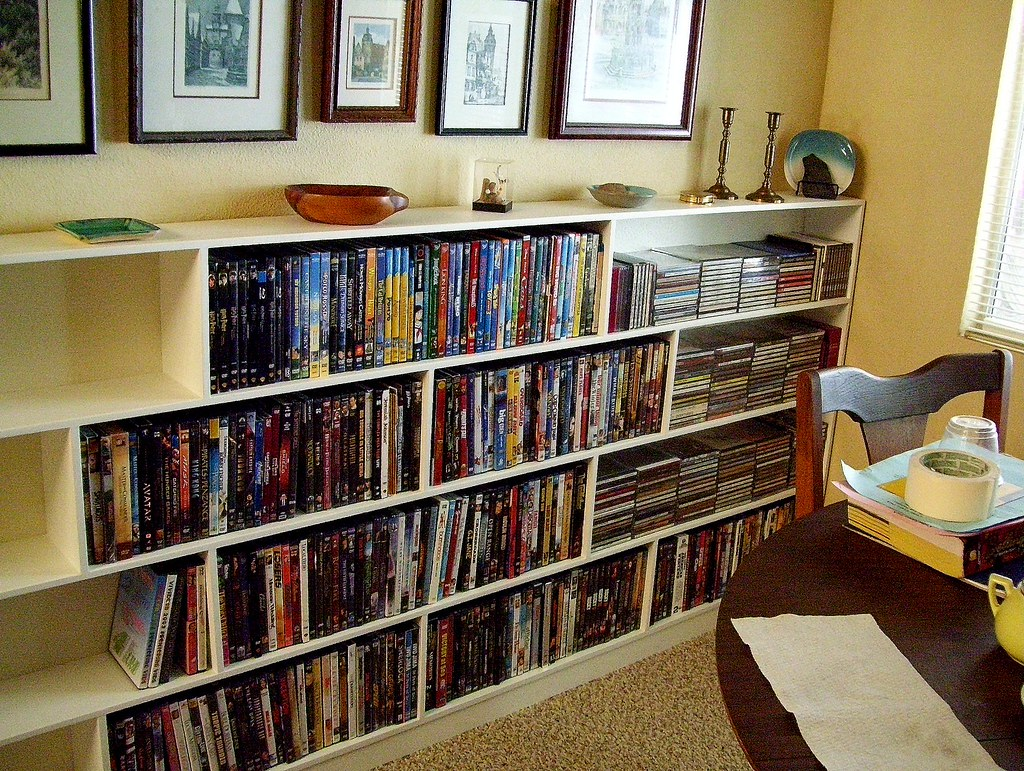 full media shelves