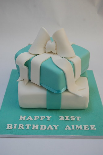Surprising Tiffany Blue Present Stack Beautiful Birthday Cakes Funny Birthday Cards Online Alyptdamsfinfo
