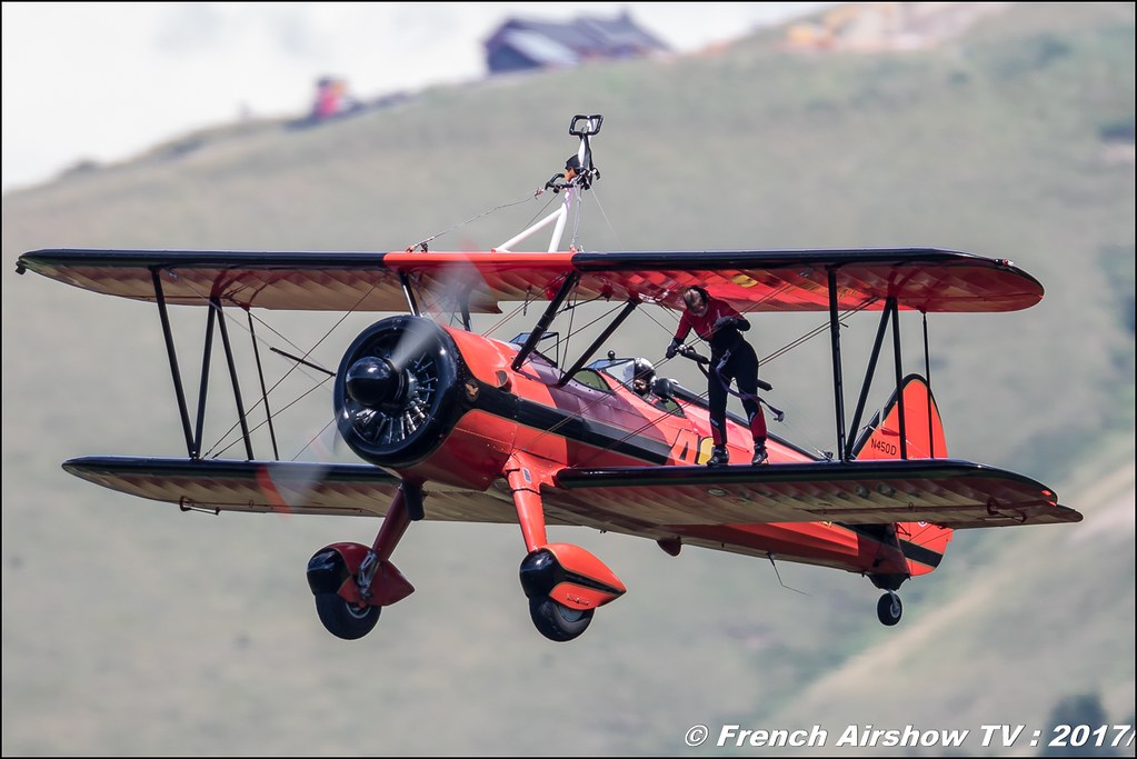 46 Aviation Wingwalker Danielle , Boeing Stearman N450D 50ans d'Aviation Megeve 2017 - altiport de Megève , Haute-Savoie, Auvergne-Rhône-Alpes , Meeting Aerien 2017