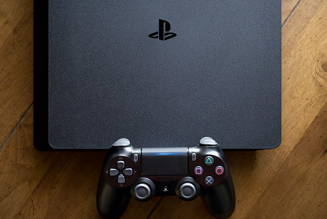 PS4-slim-2106-chinh-hang-sony-viet-nam