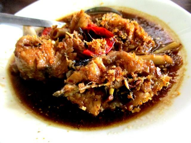 Payung Cafe ikan keli