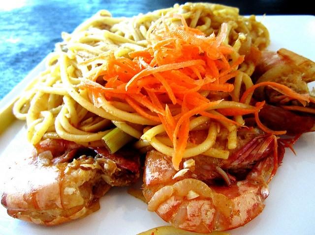 Payung Cafe tom yam spaghetti