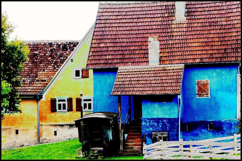 Blaue Häuser gelb blaue häuser in gottersdorf gbel d flickr