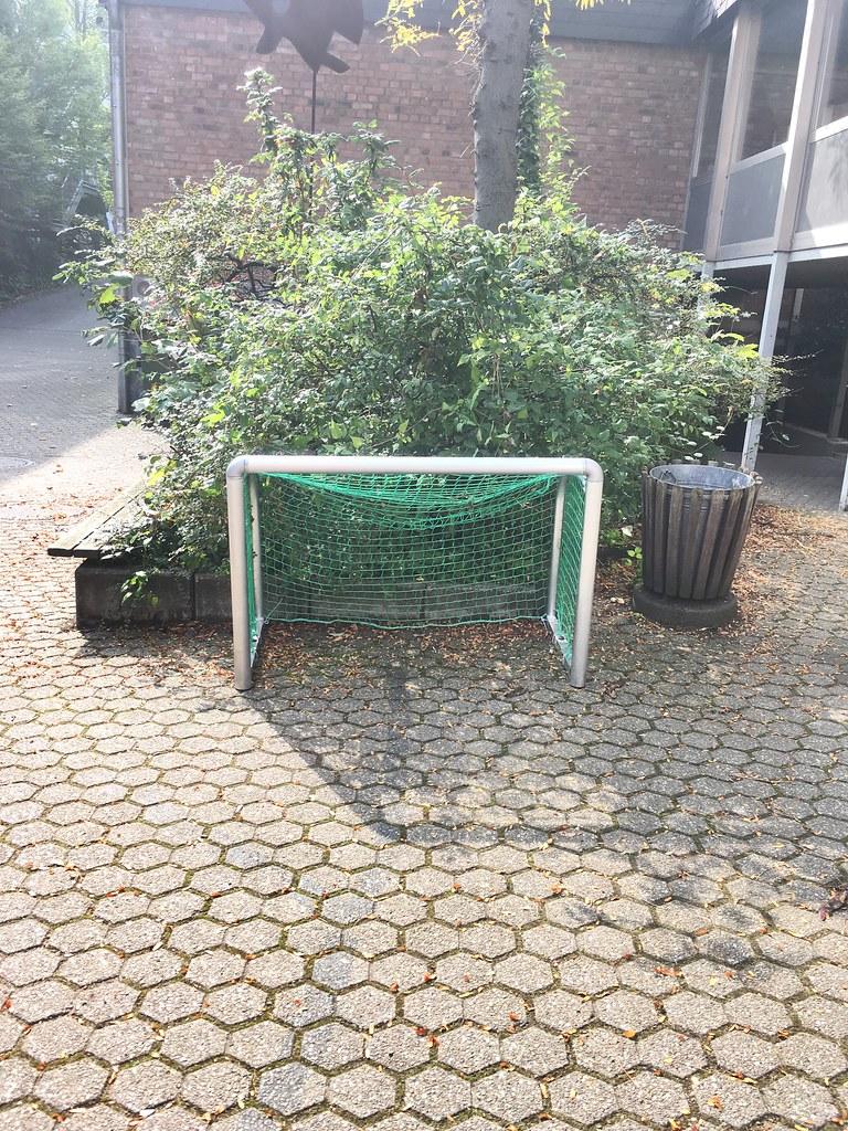 kleines fu ball tor f r kinder small football soccer goa flickr. Black Bedroom Furniture Sets. Home Design Ideas