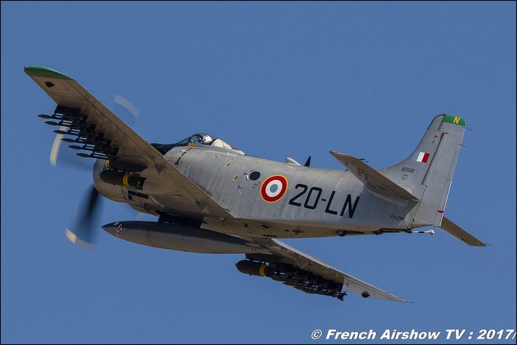DOUGLAS AD-4N SKYRAIDER F-AZHK Grumman TBM-3 Avenger HB-RDG , Avignon Air Show 2017 , Aéroclub Vauclusien , avignonairshow2017 , Meeting Aerien 2017