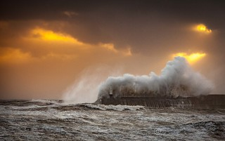 Stormy Seas (60 photos)