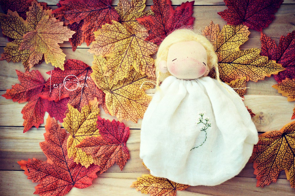 Pocket Doll by LespouPZ, blond hair