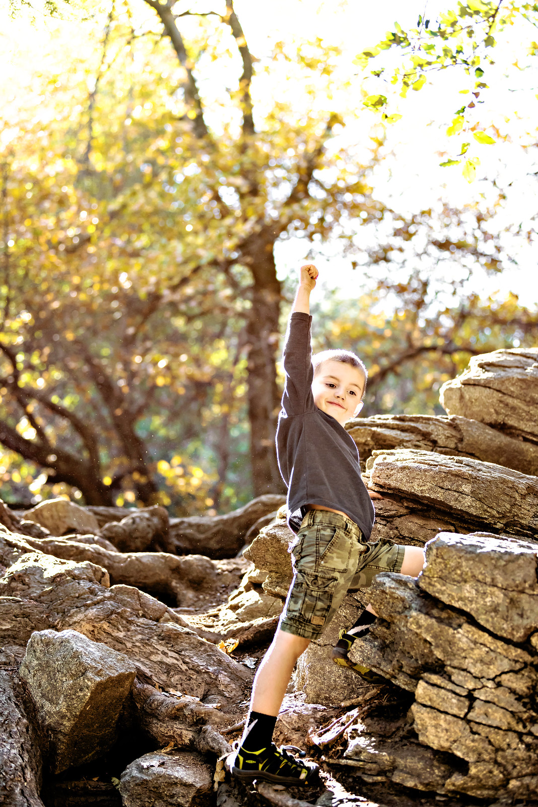 5 ways to keep kids active during fall