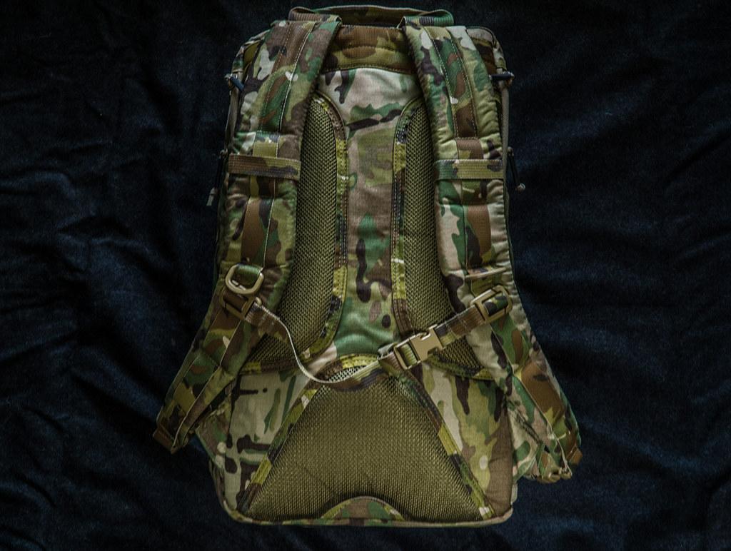 Review: LBX Tactical Titan 2 37389064924_6e2a323d91_b