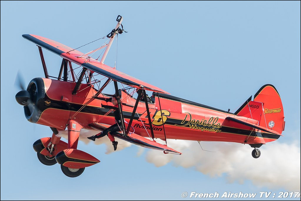 46 Aviation Wingwalker Danielle , Avignon Air Show 2017 , Aéroclub Vauclusien , avignonairshow2017 , Meeting Aerien 2017