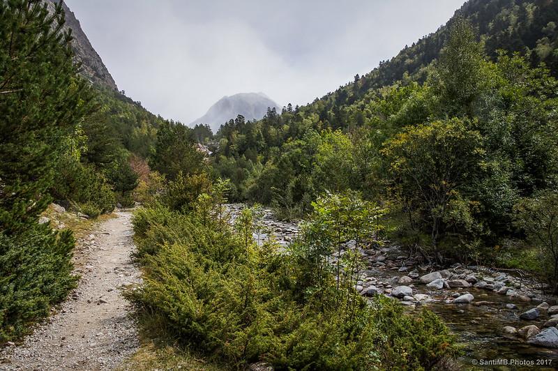 Subiendo hacia la cascada del Sant Esperit