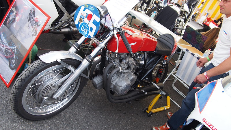 Racer Honda 350 Four Benelli (bitza) 37236674276_0c8a2f26f4_c