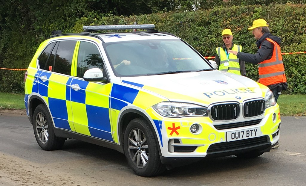 Thames Valley Police Bmw X5 Armed Response Vehicle Ou17 Bt