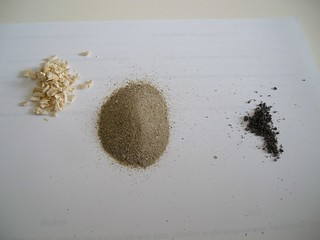 3 segatura. limatura, sabbia