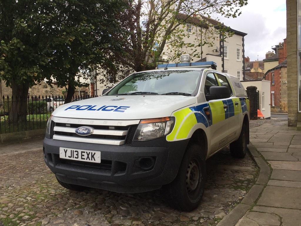 North Yorkshire Police Yj13exk Ford Ranger Xl Seen At Kna Flickr Knaresborough Station 22 10