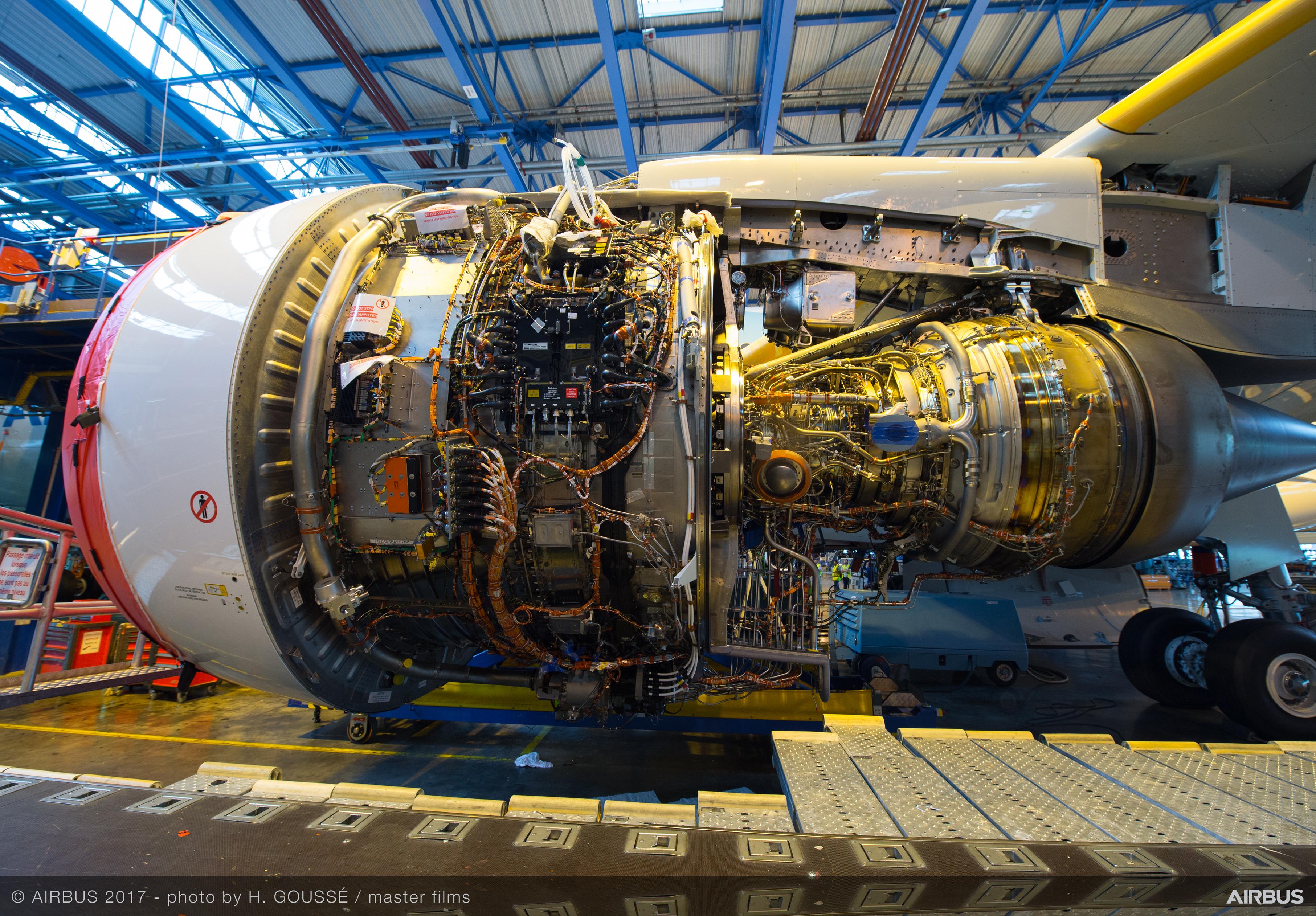 Rolls-Royce Trent 7000 [3626 x 2524]