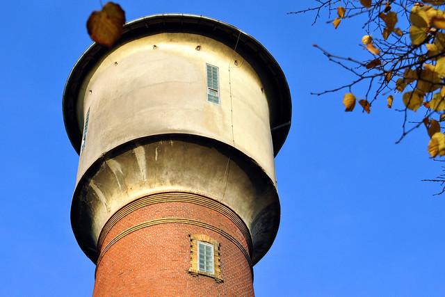 Ladenburg am Neckar ... Wasserturm ... Martinstor ... Hexenturm ... Frühstück im Kaffeehaus ... Fotos: Brigitte Stolle, Oktober 2017