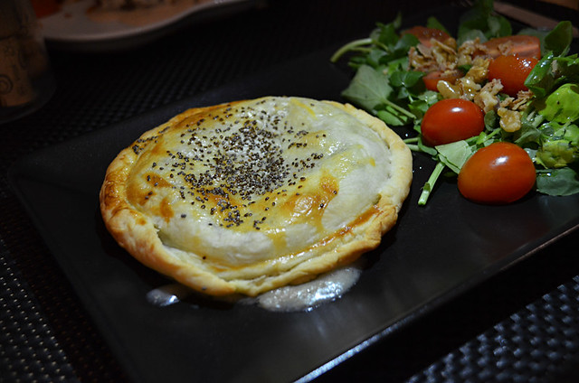 Duck Pie, Evora