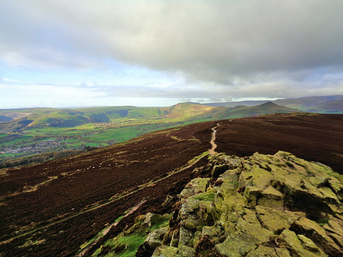Looking out towards the Great Ridge from Win Hill