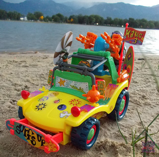 TEENAGE MUTANT NINJA TURTLES :: MIKE'S KOWABUNGA SURF BUGGY .. turns ii (( 1991 )) | by tOkKa