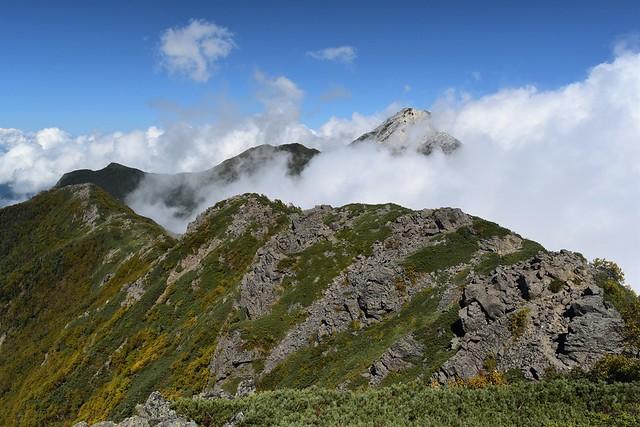アサヨ峰から栗沢山への稜線