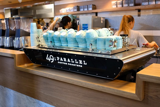 49th Parallel Coffee Roasters & Lucky's Doughnuts | Downtown Vancouver