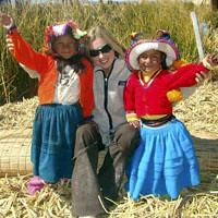UROS FLOATING ISLAND PRIVATE TOUR IN 3 HOURS.