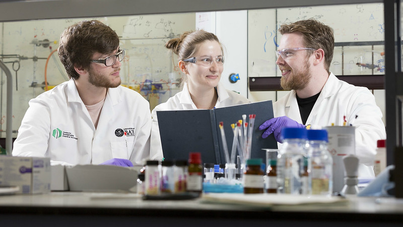 Students in the Centre for Sustainable Chemical Technologies
