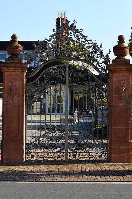 Schlossgarten Neckarhausen im Oktober 2017 ... herbstlich ... Foto: Brigitte Stolle