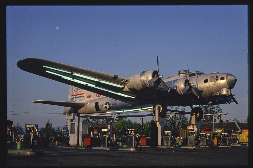 Bomber gas station, diagonal view, Route 99 E., Milwaukie, Oregon (LOC) | by The Library of Congress