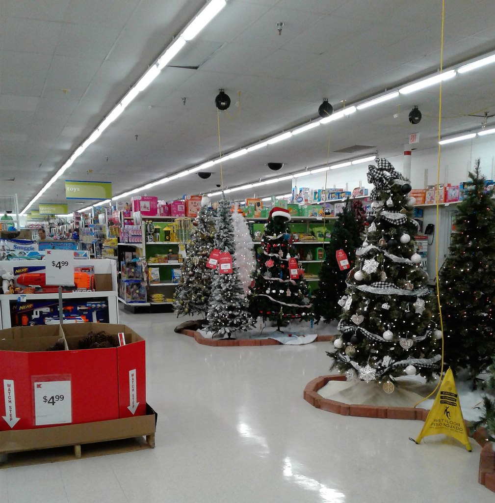 christmas on halloween by albertsons florida blog - Albertsons Hours Christmas