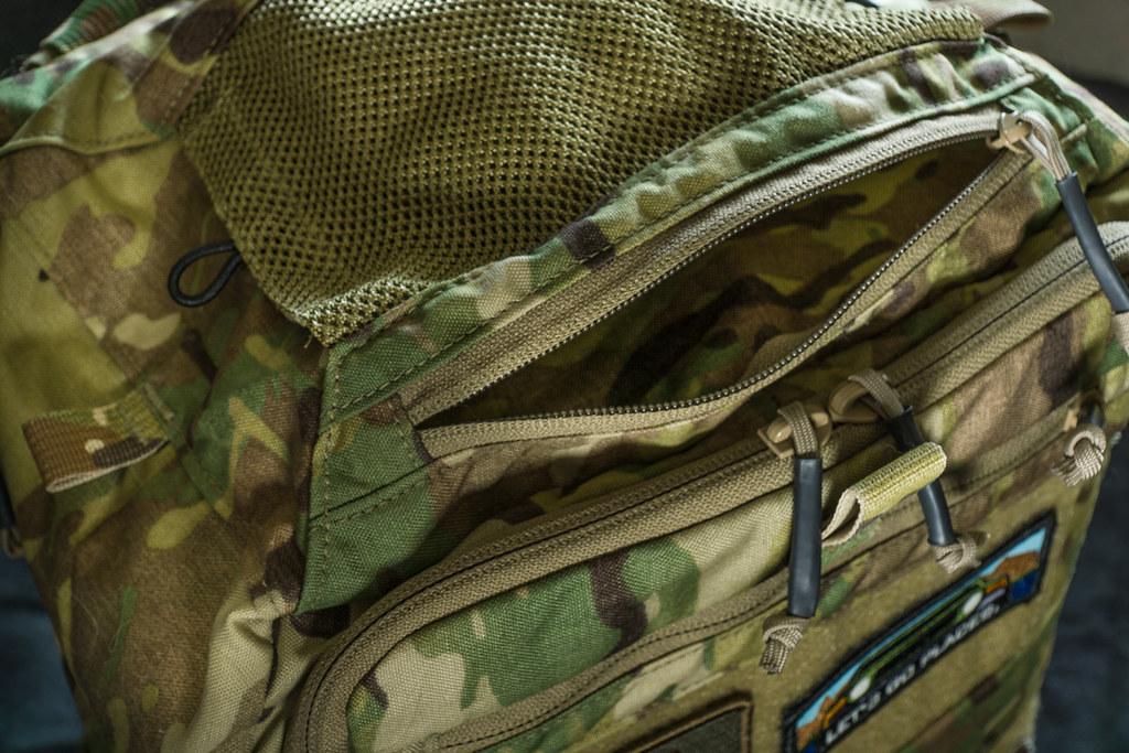 Review: LBX Tactical Titan 2 37389065554_fe999253fd_b