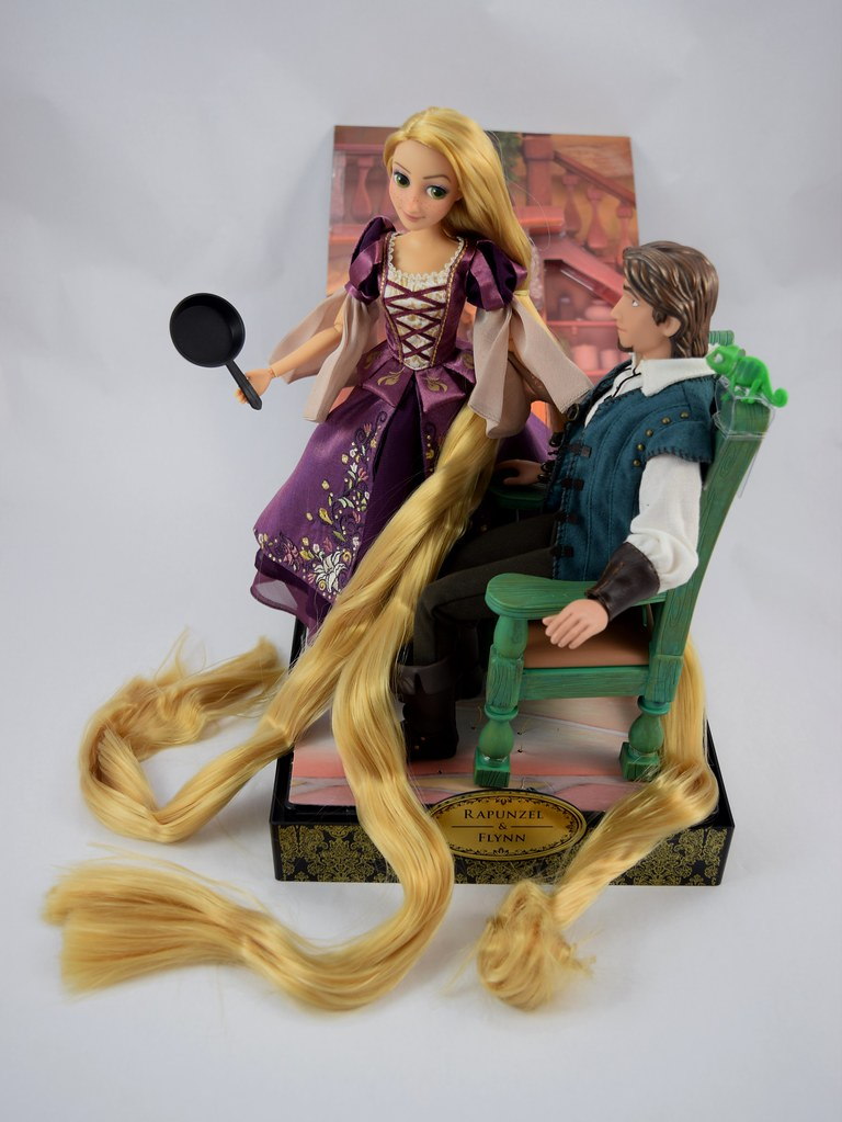 2017 Rapunzel And Flynn Designer Doll Set Disney Store P