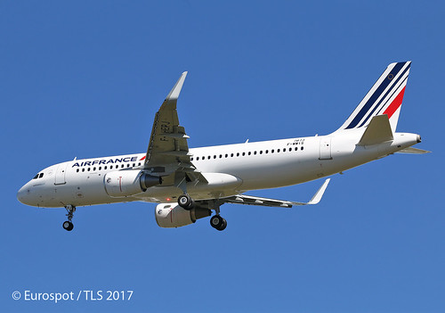F-WWIS Airbus A320 Air France | by @Eurospot