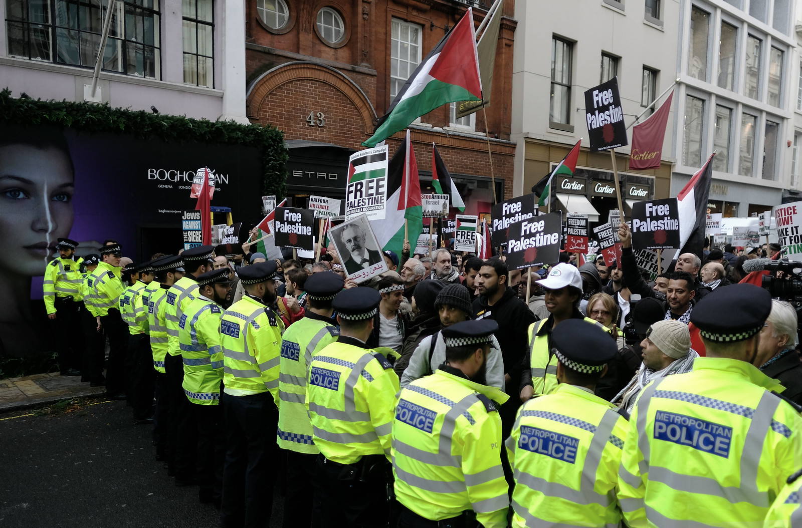 Solidarity with the Palestinians versus the pro-Zionist British State | by alisdare1