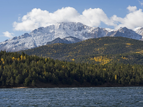 1 Oct 17 Pikes Peak across Crystal Reservoir | by ethanbeute