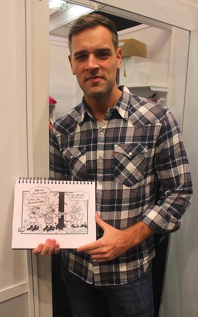 Alan Kamieniarczyk med min skissbok.