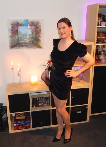 Little Black Dress  Every Gurl Should Own A Little Black -9230