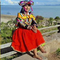 PRIVATE FULL DAY TOUR UROS TITINO FLOATING ISLAND - LLACHON