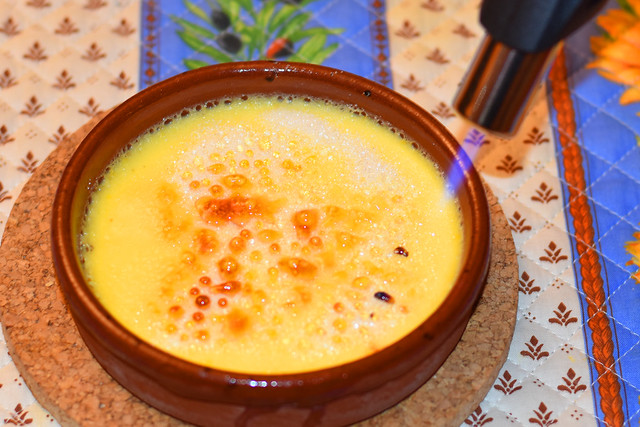 Crème Brulée mit Lavendelzucker ... Brigitte Stolle