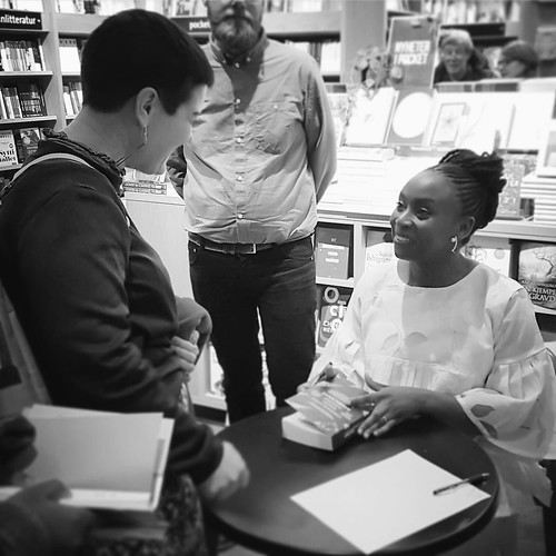 #OneLifeGoalDown Who got her copy of #Americanah signed by the magnificent @Chimamanda_Adichie? A very happy me! Thank you for capturing the magic, @kwapna01! ✌❤️ | by adollinn