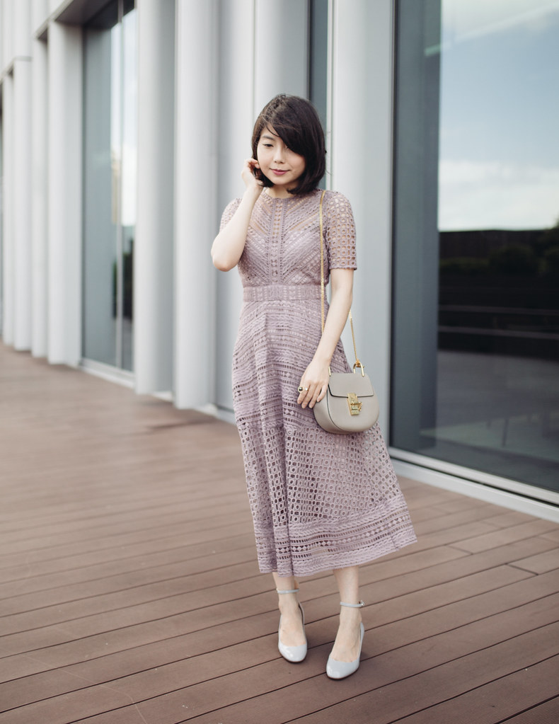42c5ec01a9 最近ASOS再度推出同款ASOS Premium Occasion Lace Midi Dress,一看到就驚豔,就是我最近很愛的仙楂餅色吧,連猶豫一秒都沒有就立刻購入,收到之後我揉了揉眼睛,這  ...