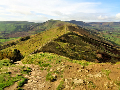 Heading to Mam Tor from Back Tor