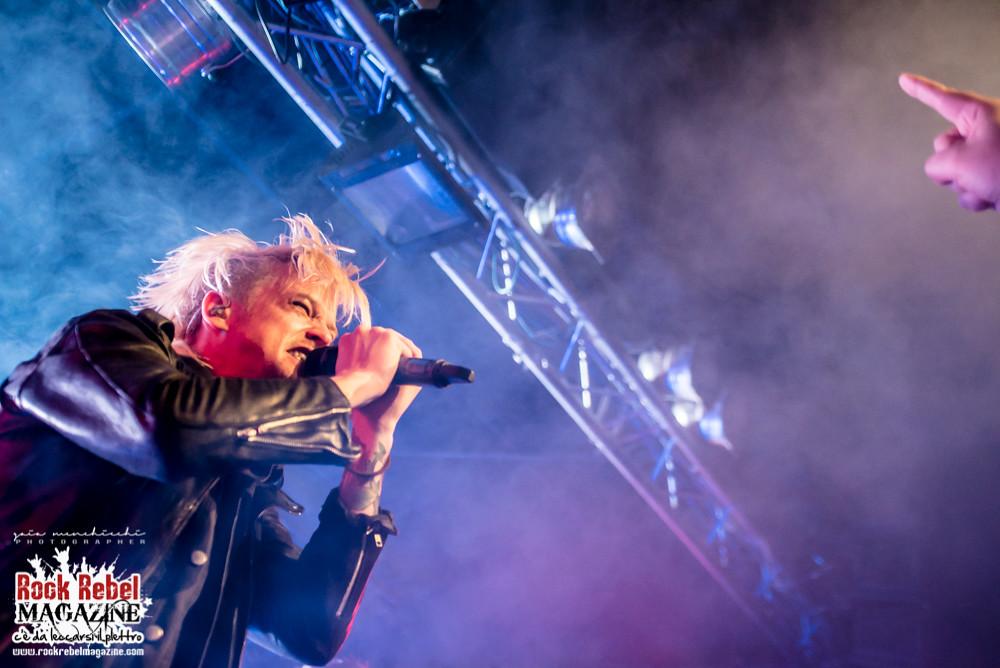 H E A T    Live @ Legend Club Milano november 5th 2017   Gaia