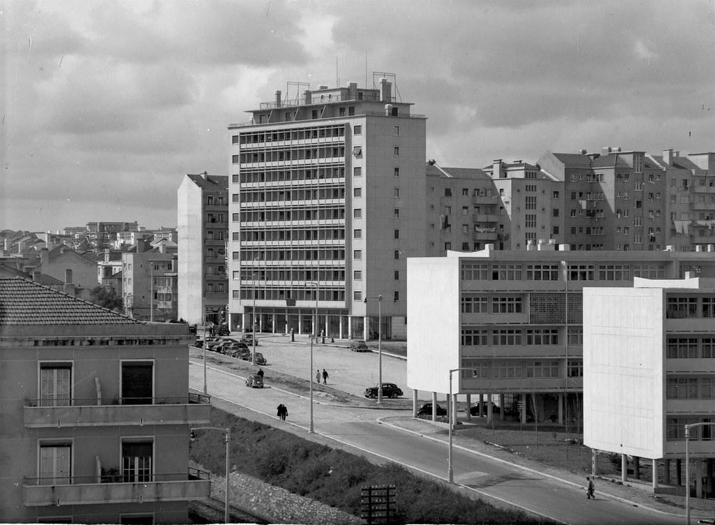 Av. Frei Miguel Contreiras, Lisboa (A.Passaporte, 195...)