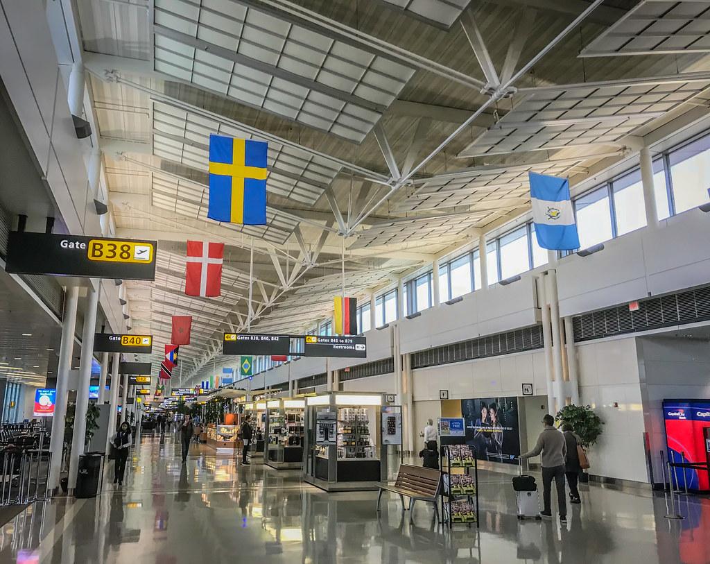 Washington Dulles Airport (IAD) Terminal 2 Chantilly VA | Flickr