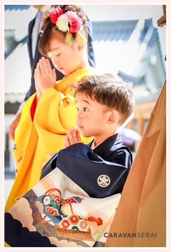 兄弟(姉と弟)揃って七五三の前撮り写真を出張撮影 龍城神社・岡崎城(公園) 愛知県岡崎市 和装 着物 ロケーションフォト スタジオ・写真館とは違う!