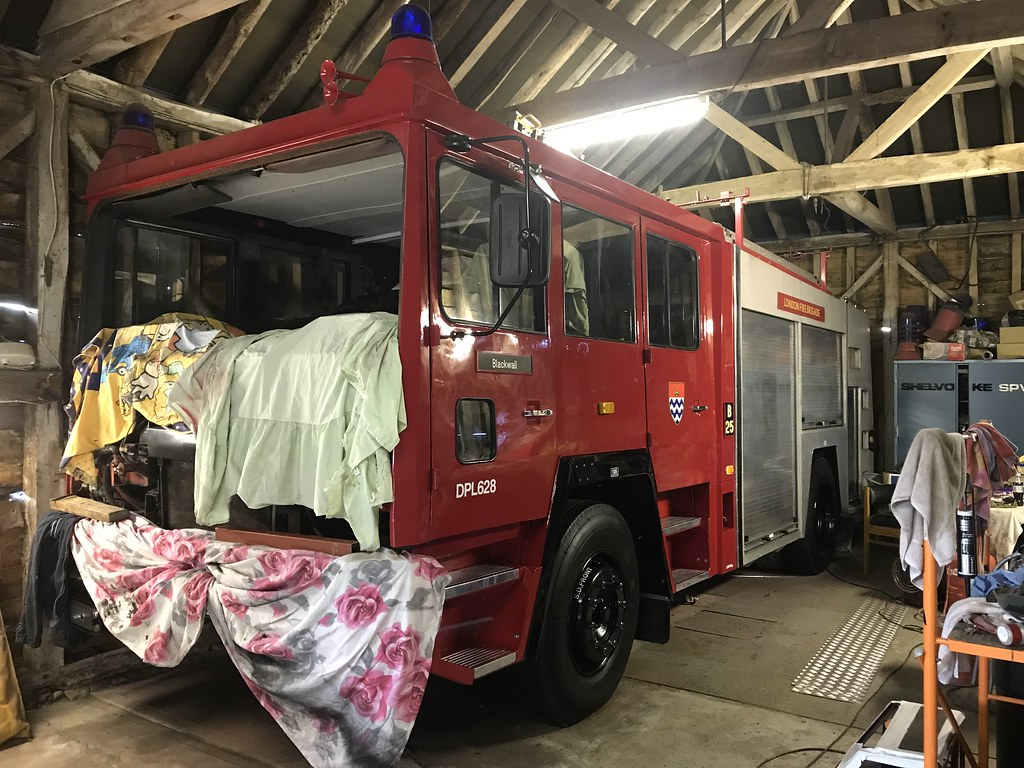 21 10 2017 Gyw 628w Today The Nearside Is Finished We Ha Flickr Commercial Motor Wiring Had